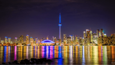 Photo of عرض ضوئي مذهل غداًلـ CN TOWER بمناسبة CANADA DAY